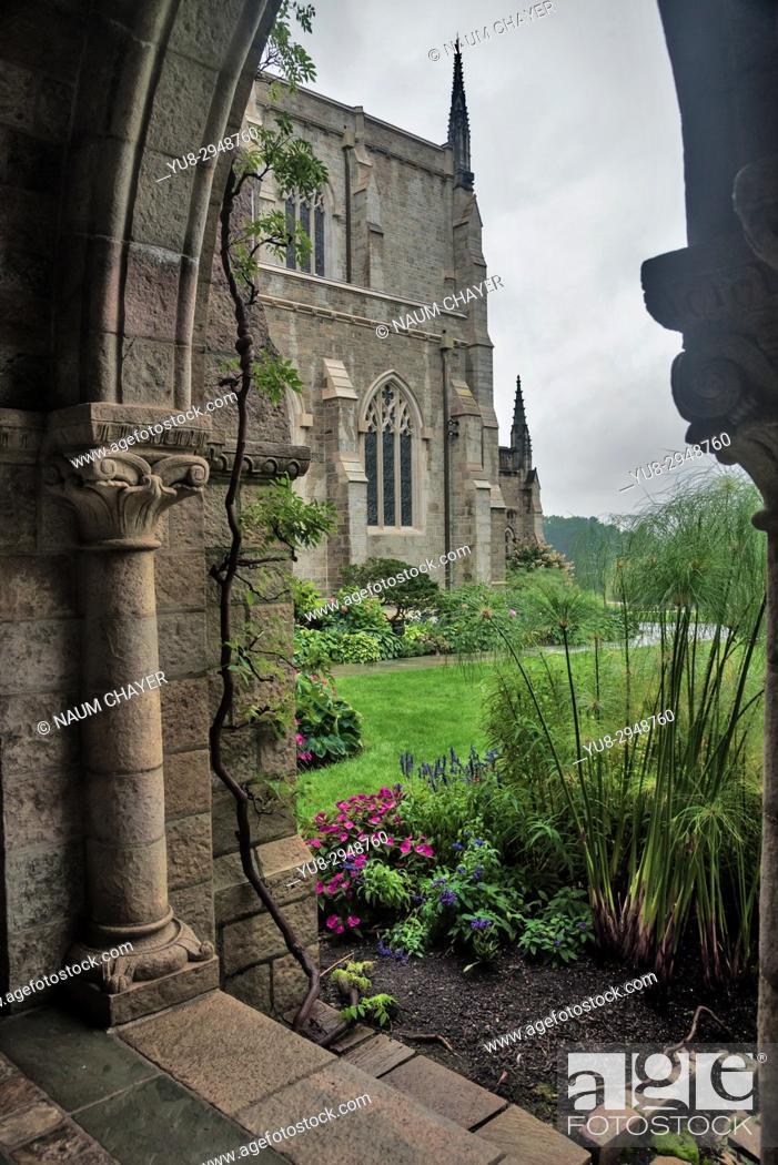 Stock Photo: Bryn Athyn Cathedral, Bryn Athyn Historic District, Pennsylvania, USA.
