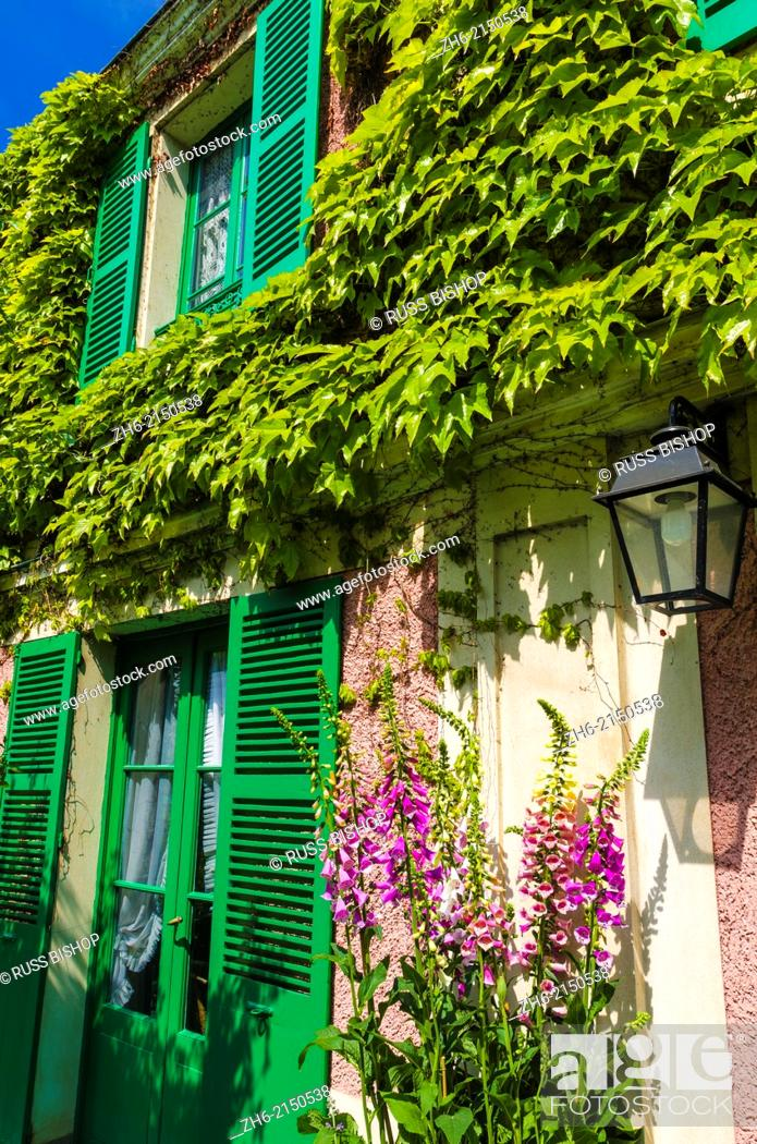 Stock Photo: Claude Monet house and gardens, Giverny, France.