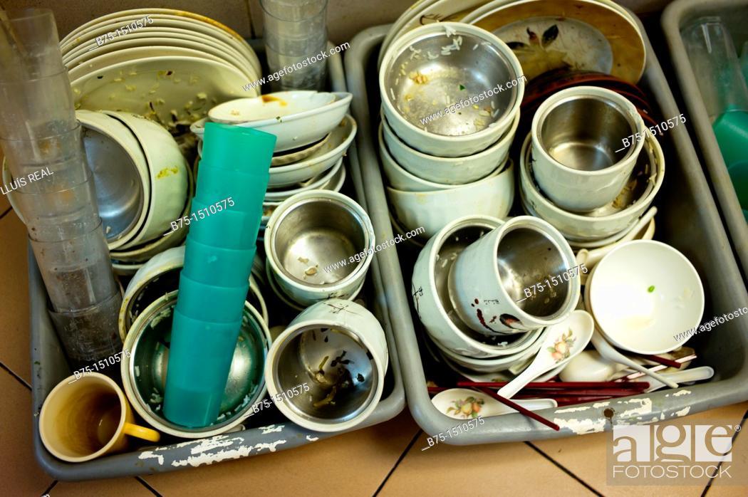 Stock Photo: Dirty dishware.