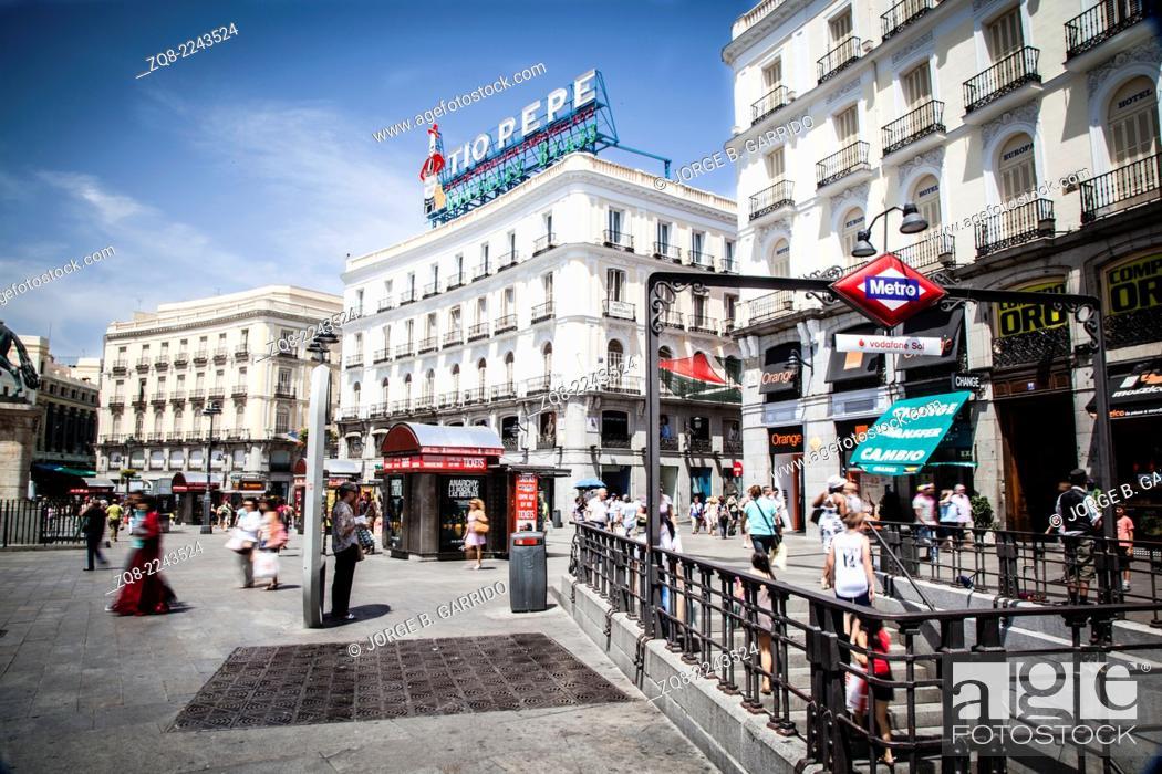 Stock Photo: Madrid city centre, Puerta del Sol.