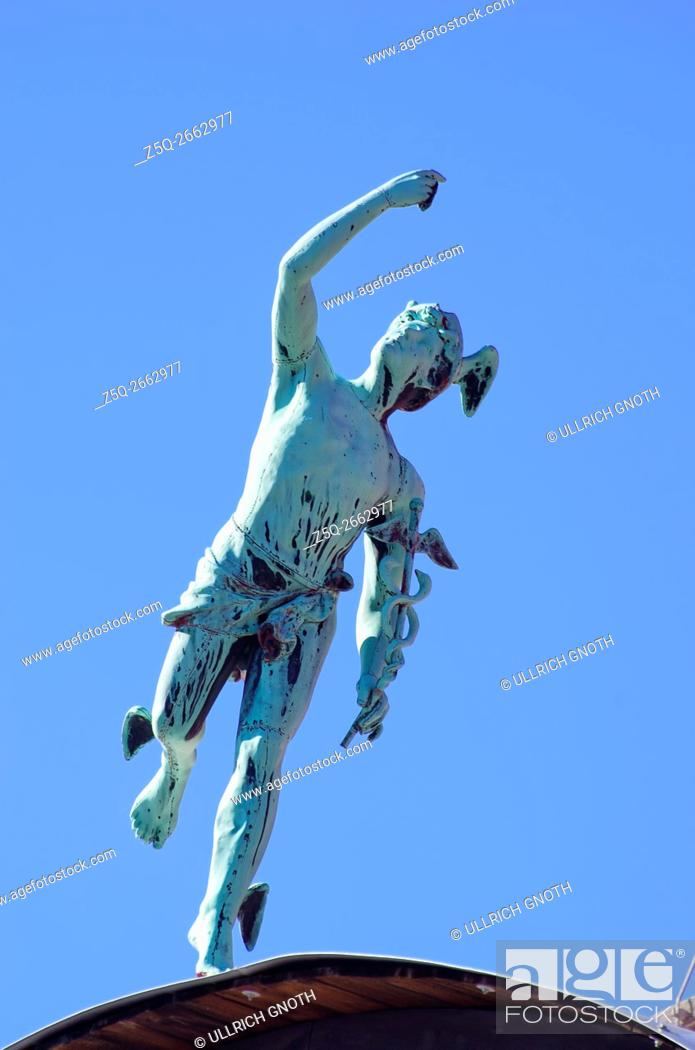 Imagen: Statue of Hermes or Mercury, the messenger of the Gods on the roof of a town house in Vrchlabi (Hohenelbe), Czech Republic.