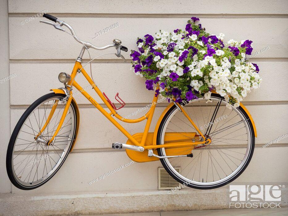 Imagen: Bicycle. City of Piran. Slovenia.