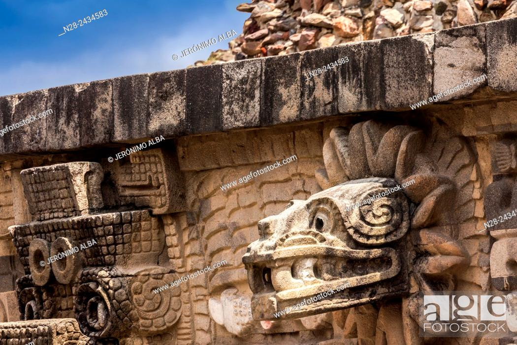 Stock Photo: Quetzalcoatl head, Temple of the Feathered Serpent, Teotihuacan archaeological site, Unesco World Heritage Site, Mexico.
