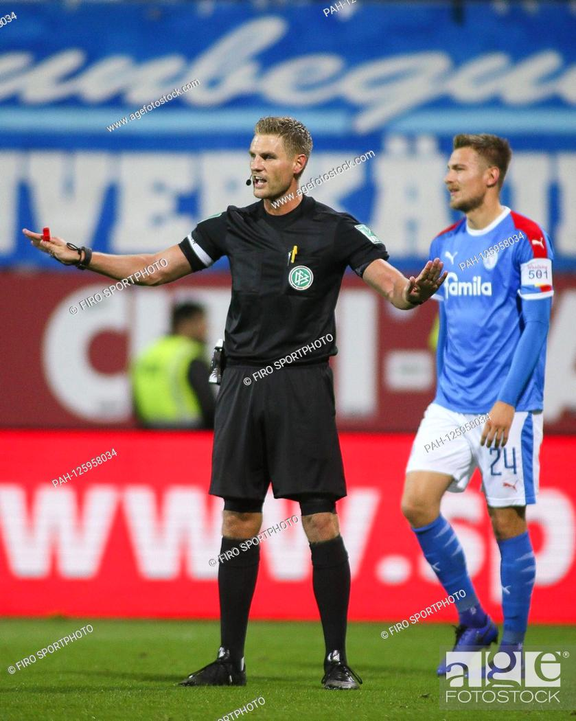 Firo 25 10 2019 Football 2 Bundesliga Season 2019 2020 11 Stock Photo Picture And Rights Managed Image Pic Pah 125958034 Agefotostock