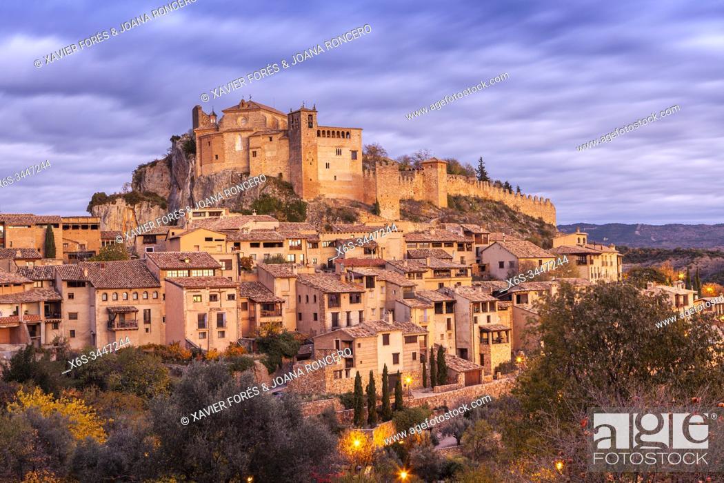 Stock Photo: Alquezar village, Somontano de Basbastro, Huesca, Spain.