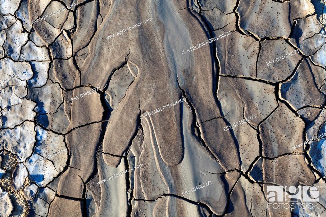 Stock Photo: texture on dry land.