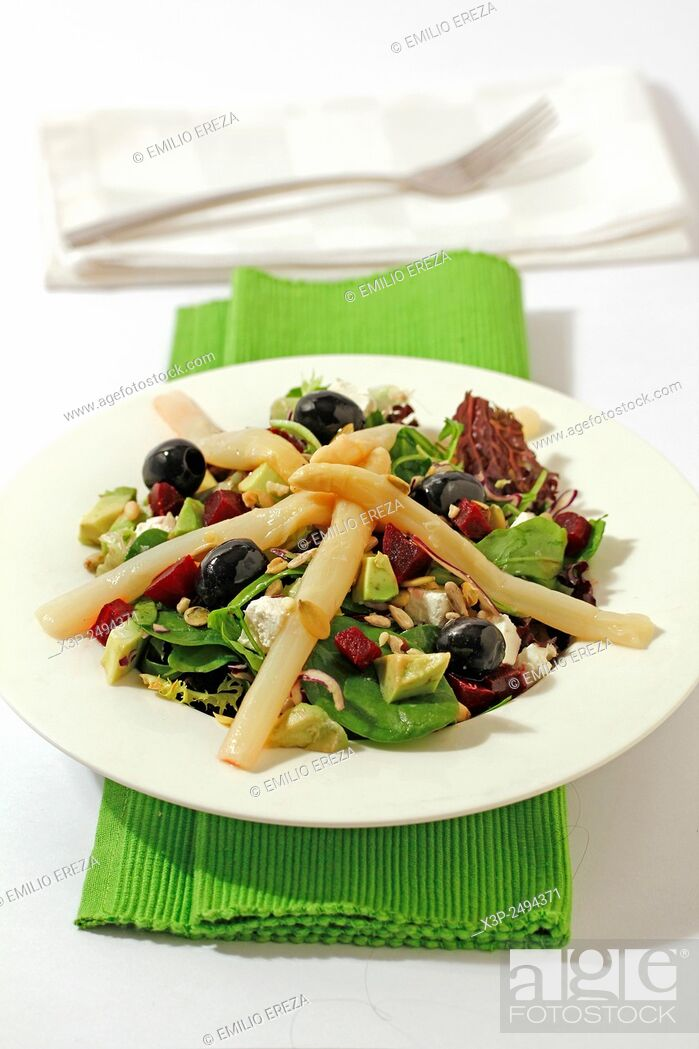 Stock Photo: Mixed salad with asparagus.