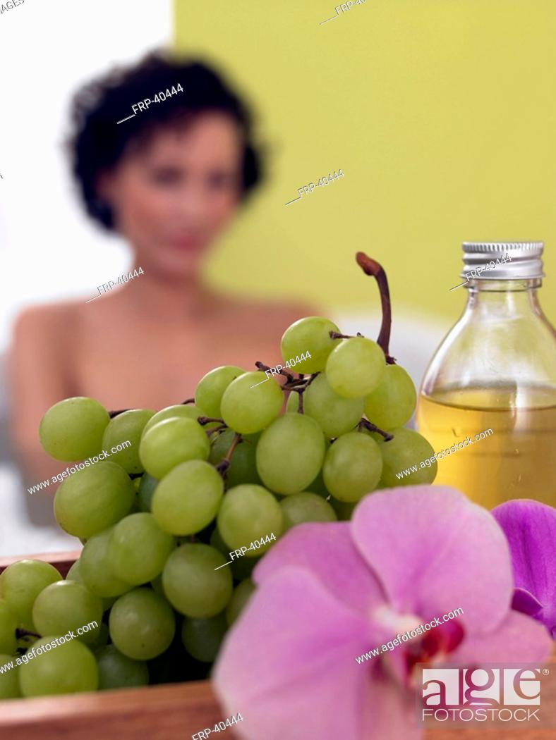 Stock Photo: Green grapes.