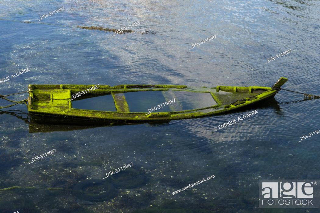 Imagen: Boat, Combarro, Pontevedra, Spain.
