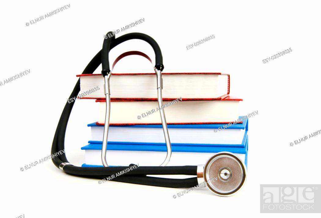 Imagen: Concept of medical education with book and stethoscope.