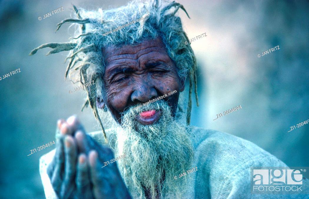 Photo de stock: portrait of a village elder in the village Kani Kombole in Mali.