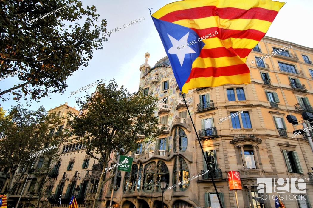 Stock Photo: Political demonstration for the independence of Catalonia. Estelades. Independentist Catalan flags. October 2017. Barcelona, Catalonia, Spain.