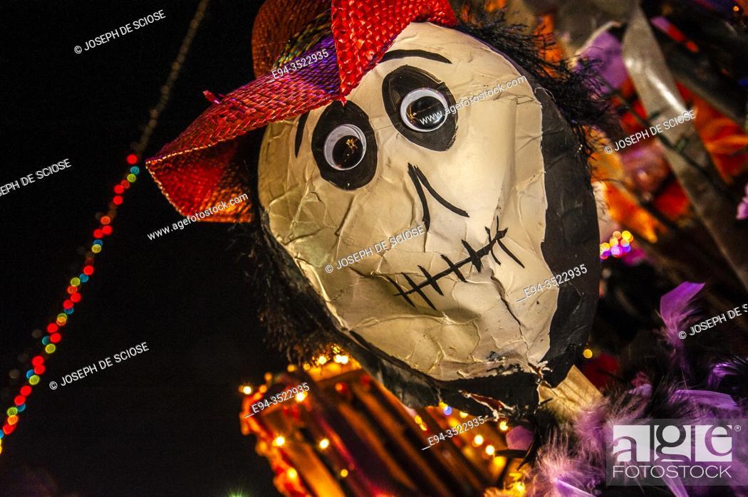 Photo de stock: A symbolic mask at the Day of the Dead celebration, Birmingham, Alabama.