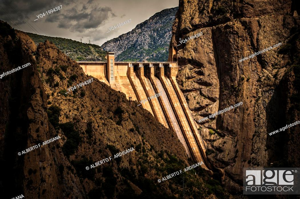 Stock Photo: Dam of Escales lake, in which we see a stair carved in the rock.Lleida, Catalonia, Spain.