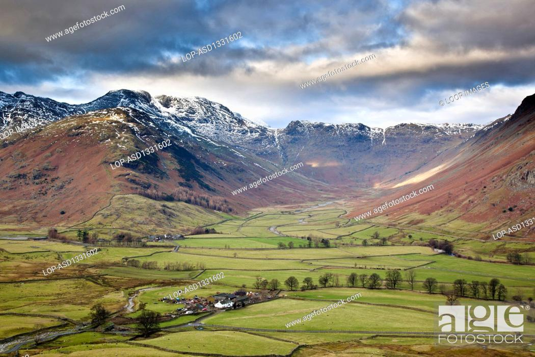 Stock Photo: Langdale and Bowfell in the Lake District from Pike Of Blisco.