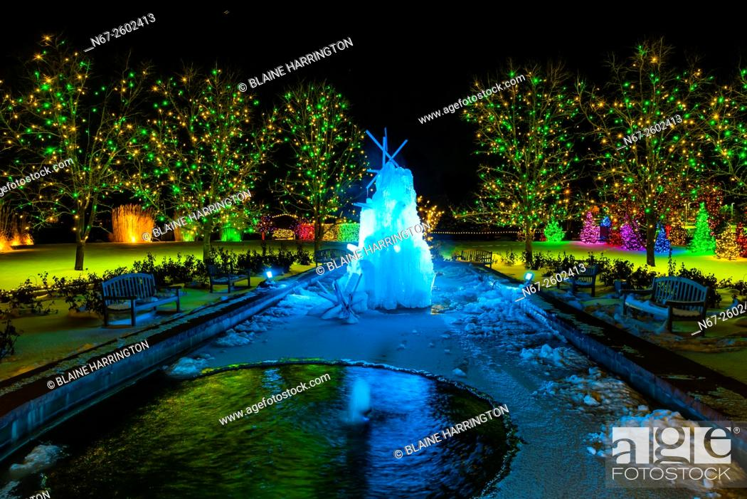 A Frozen Water Fountain A Hudson Christmas Holiday Light Show At