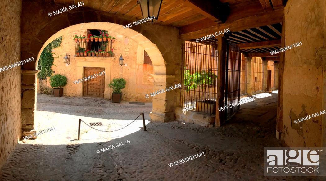 Stock Photo: Arcade and street. Pedraza, Segovia province, Castilla Leon, Spain.