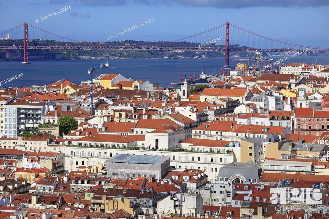Stock Photo: Portugal, Lisbon, Baixa, Tagus River, 25 de Abril Bridge, .
