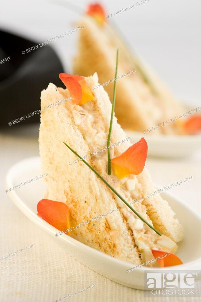 Stock Photo: Mini de ventresca de bonito y mayonesa.