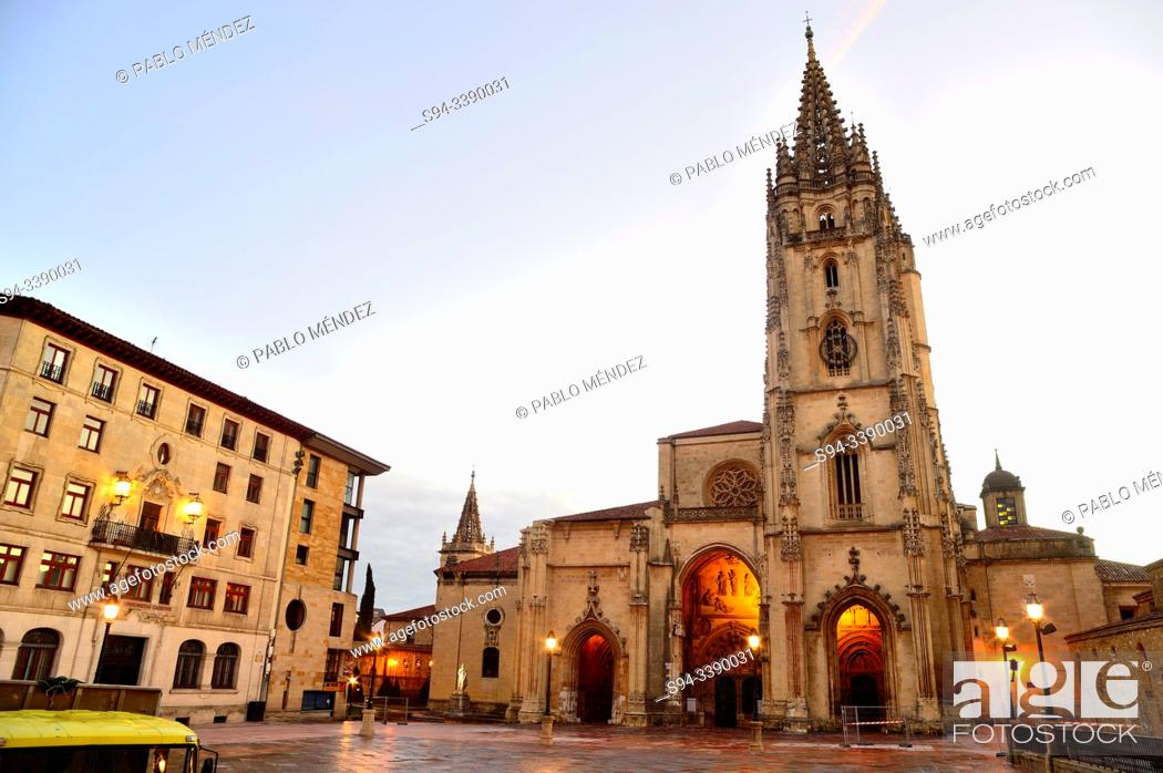 Stock Photo: Oviedo's cathedral in the main square of Oviedo, Asturias, Spain.