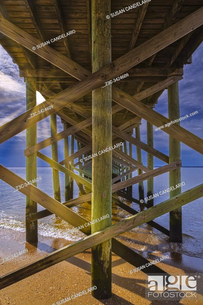 Stock Photo: Fishing Pier Keansburg NJ.