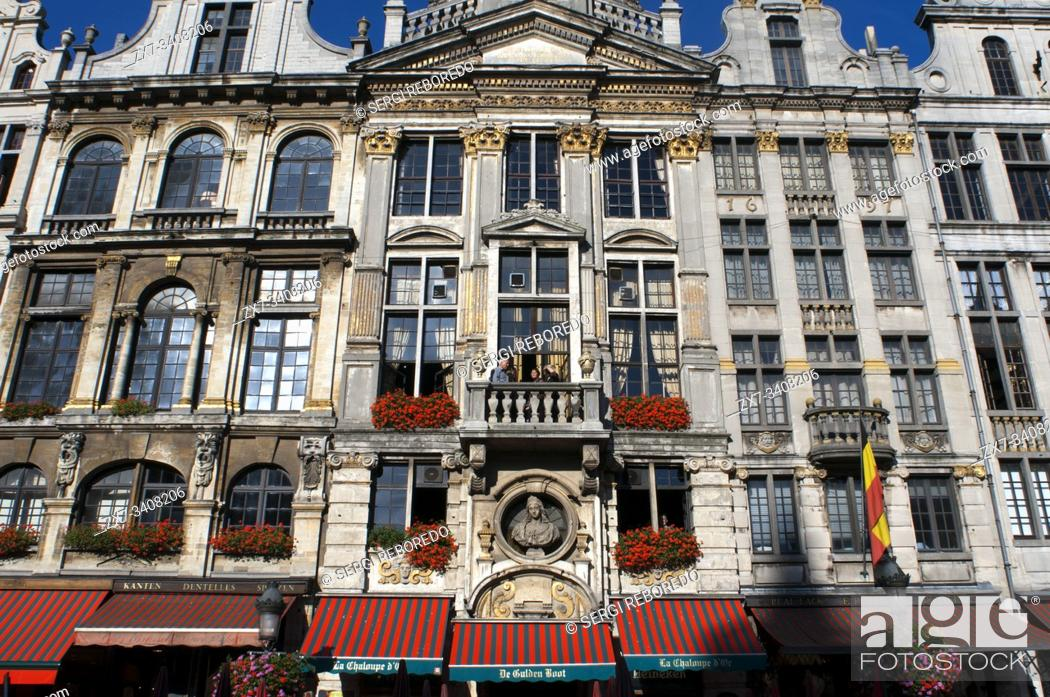 Stock Photo: La Chaloupe D'Or - The Golden Boot restaurant in Grote Markt (The Grand Place) in central Brussels Belgium.