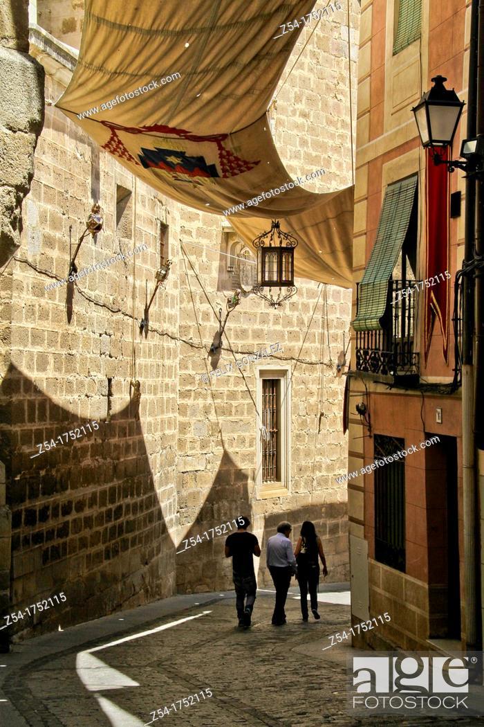 Stock Photo: Pedestrian street near Cathedral in Toledo, Castile La Mancha, Spain.