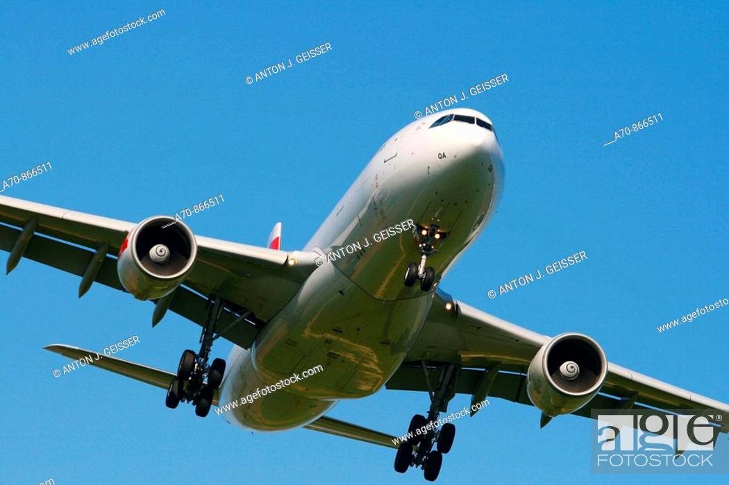 Stock Photo: Swissair Airbus A320.
