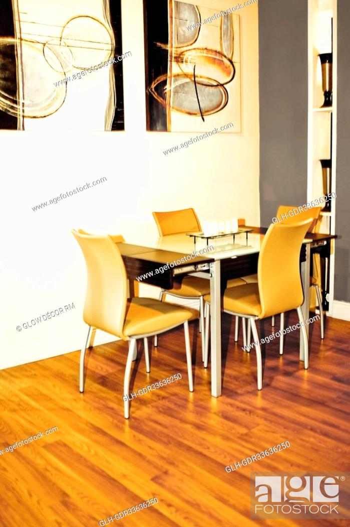Imagen: Interiors of a dining room.