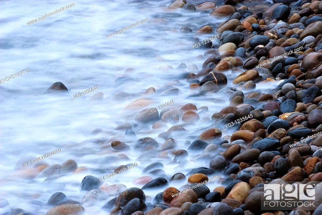 Stock Photo: Pedregal en la costa de Mioño, Castro Urdiales, Cantabria.