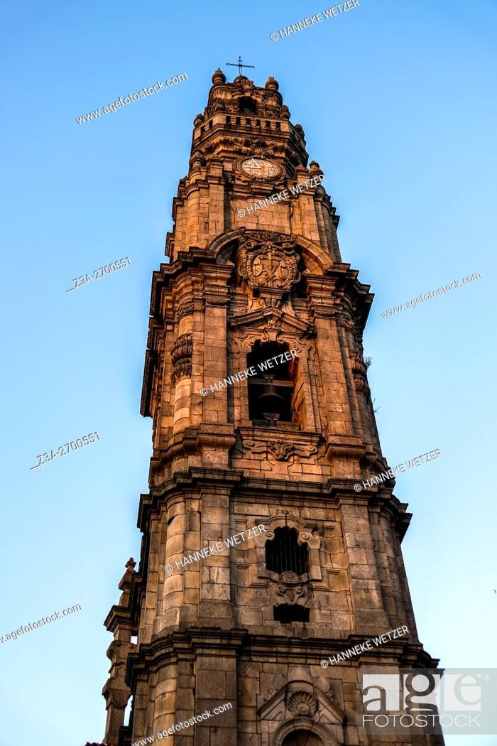 Imagen: Church in Rue de S. Felipe de Nery, Porto, Portugal, Europe.