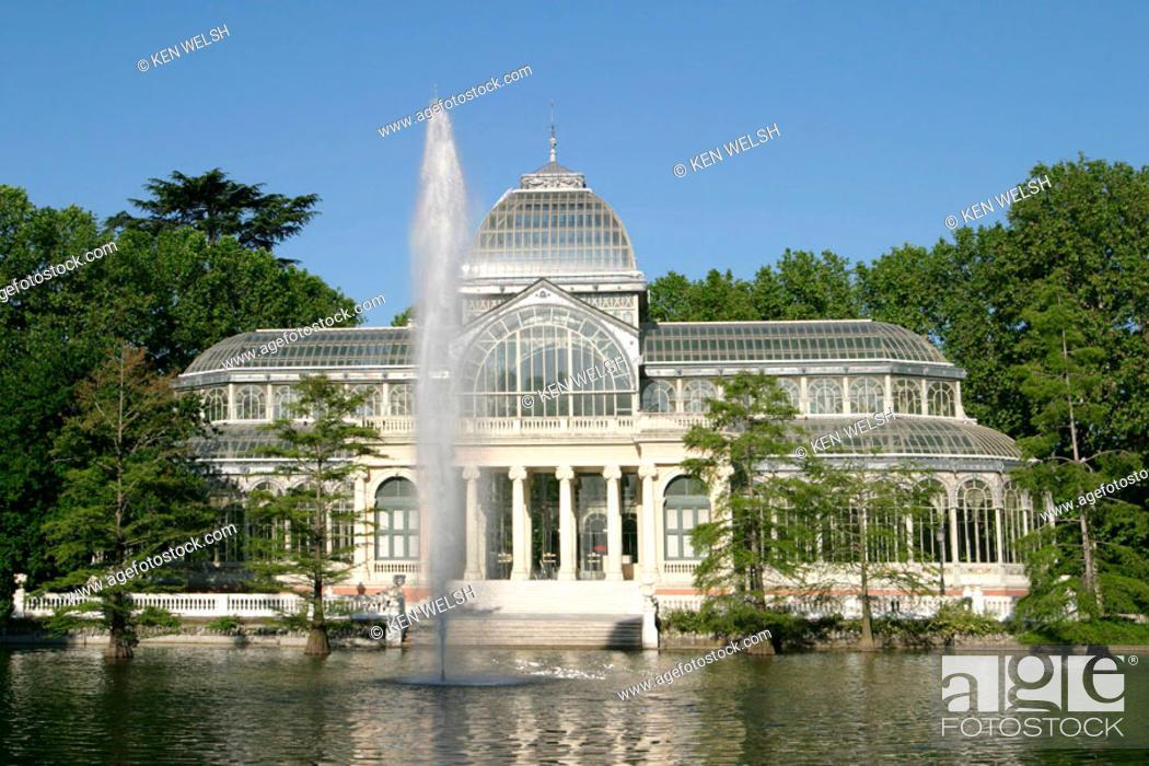 Stock Photo: Crystal Palace (1886-87), Parque del Retiro. Madrid. Spain.