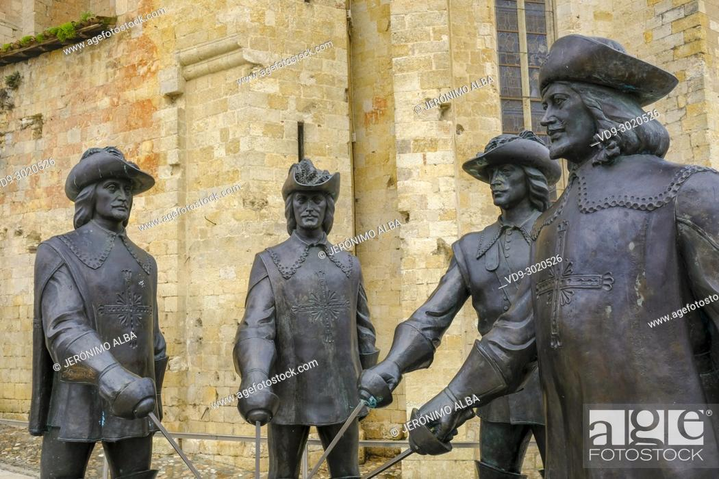 Stock Photo: Four Musketeers. Cathedral St. Pierre de Condom. Le Gers Department, New Aquitaine, Midi Pyerenees. France Europe.
