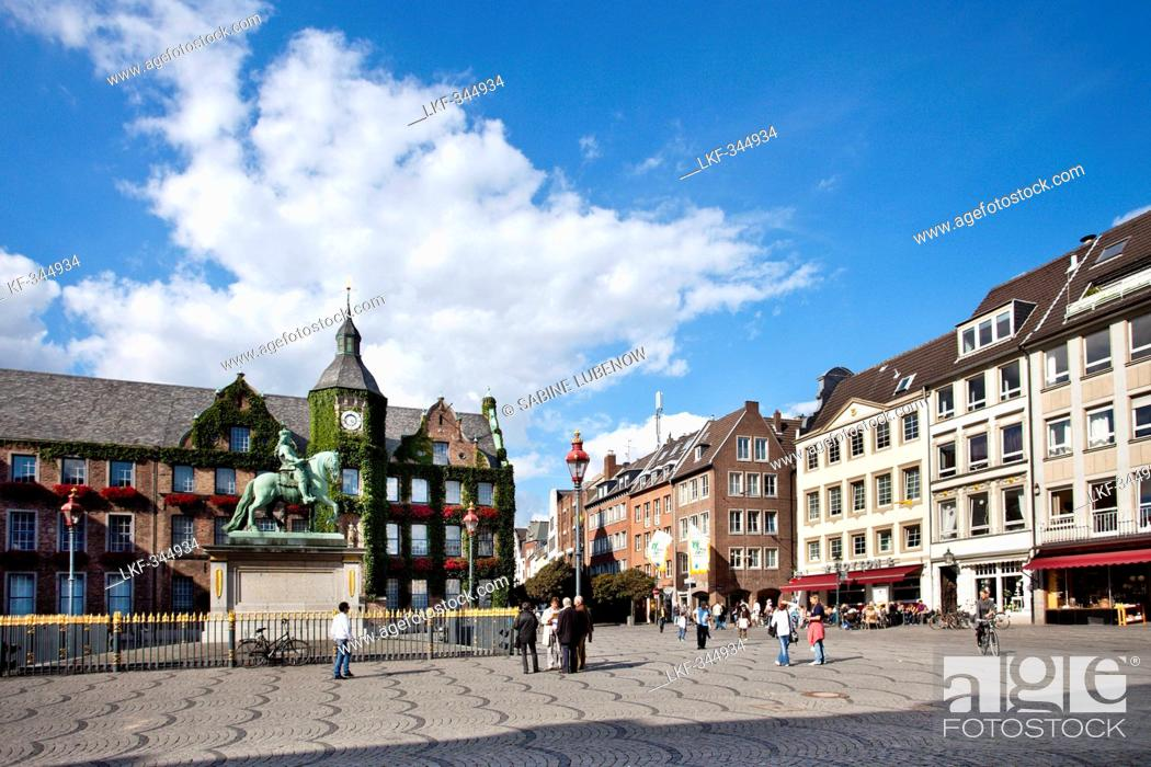 Stock Photo: Town hall at the old town under clouds, Duesseldorf, Duesseldorf, North Rhine-Westphalia, Germany, Europe.