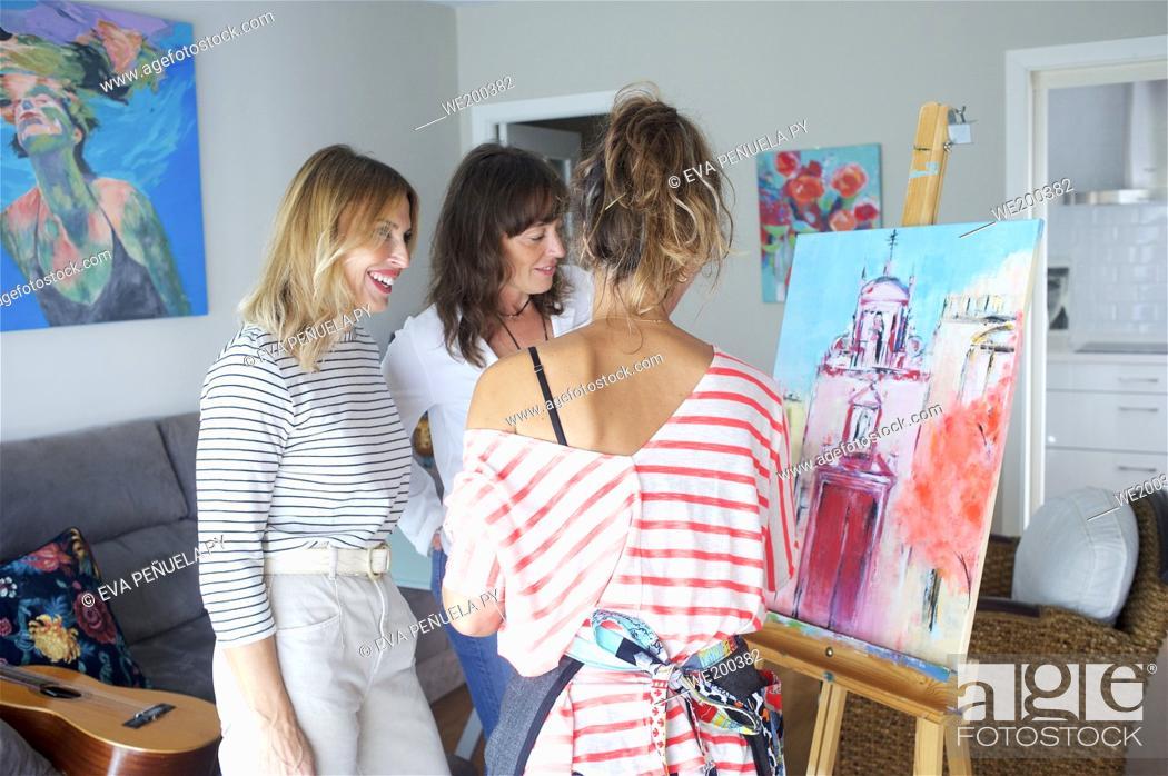 Photo de stock: Friends meeting with artistic hobbies.