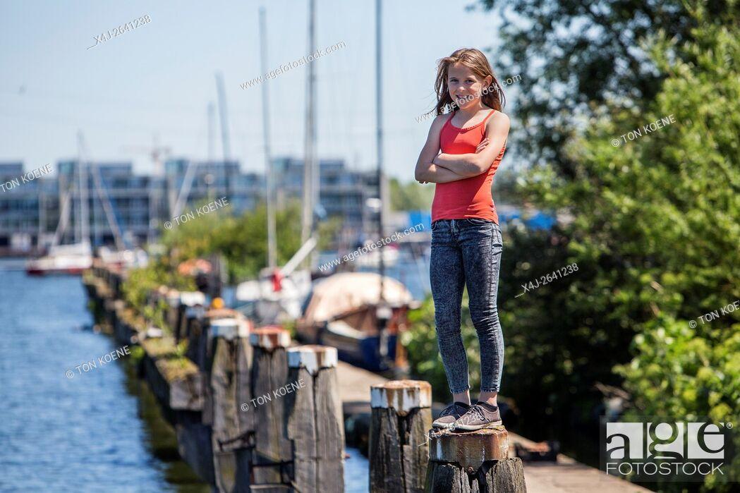 Photo de stock: Dutch Girl.