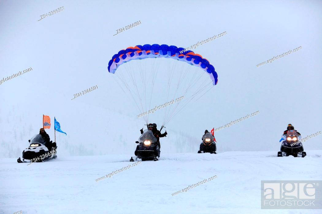Stock Photo: Athletes ekstremaly on a tour of the Ural Mountains. Russia.