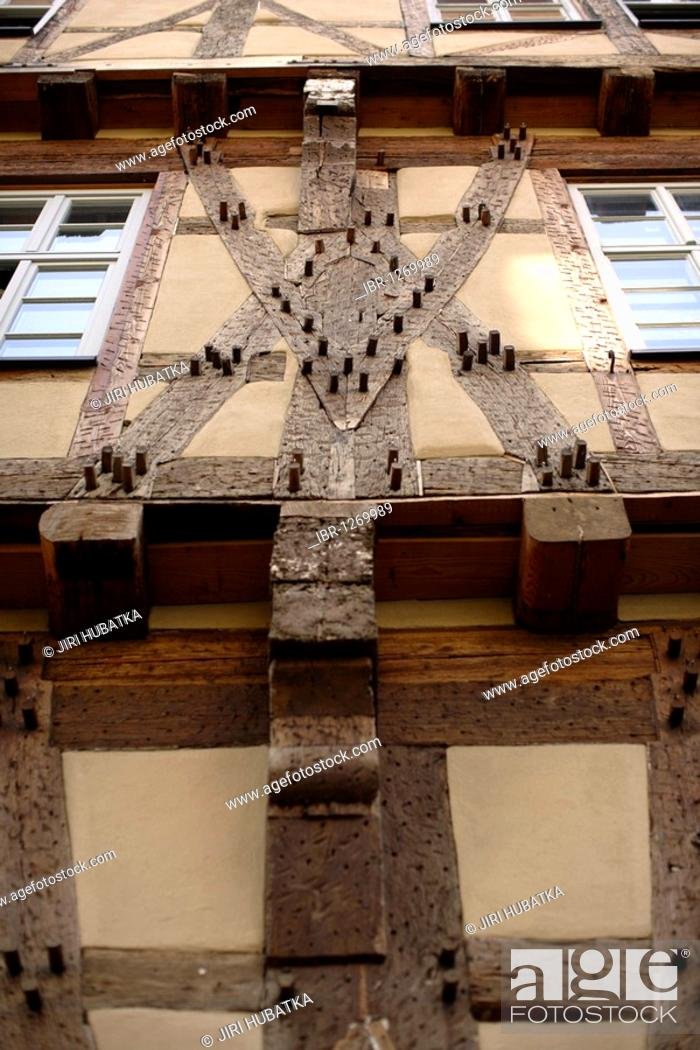 Stock Photo: Detail of a half-timbered house, Buergeramt, citizen centre, Tuebingen, Baden-Wuerttemberg, Germany, Europe.