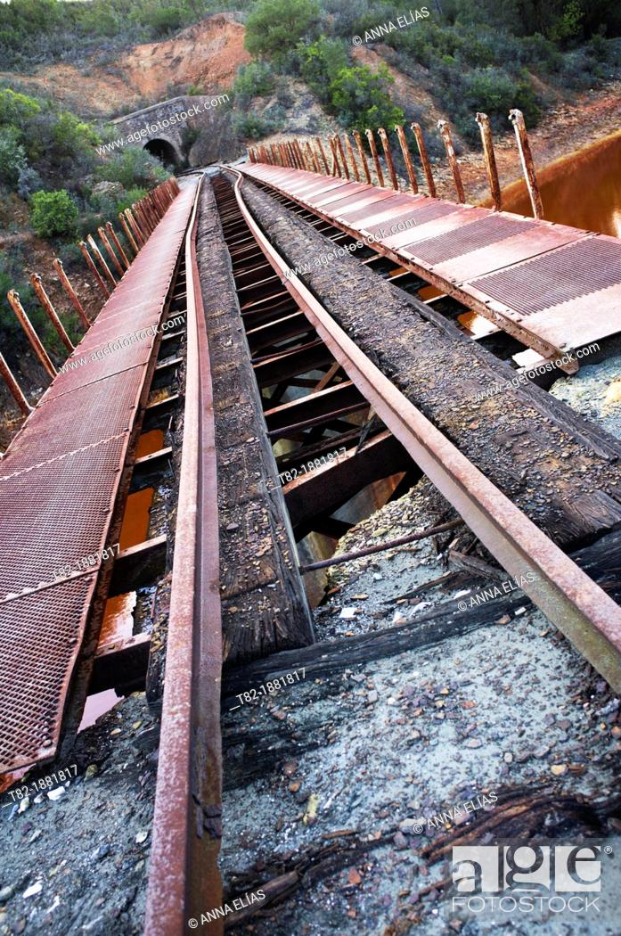Stock Photo: railroads leak deformed and abandoned, Rio Tinto basin, Huelva, Andalucia, Spain, Europe.