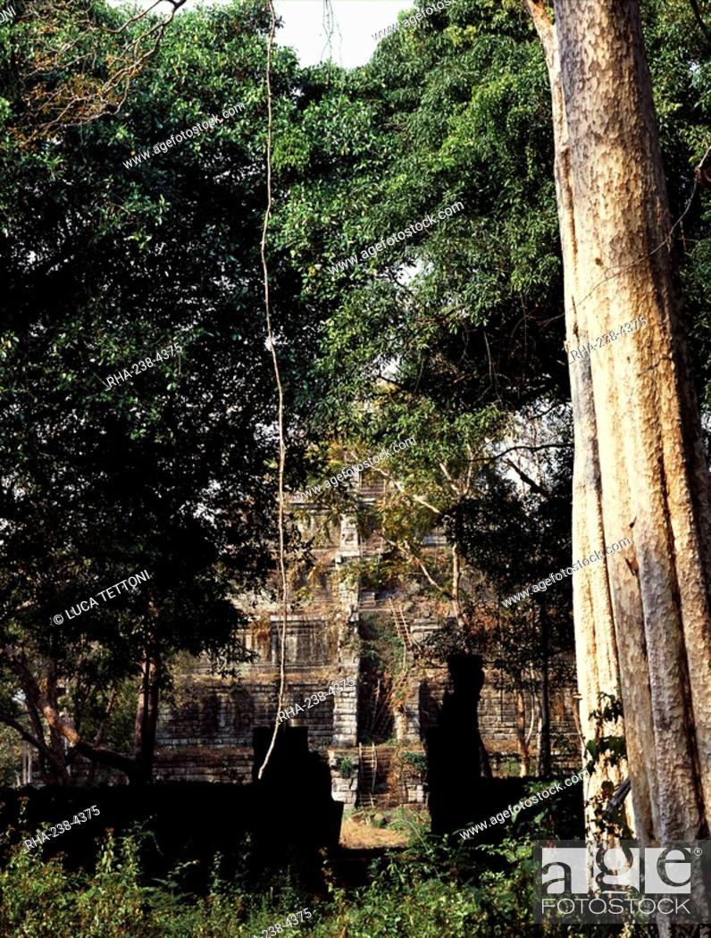 Stock Photo: Prang Prasathom, dating from the 10th century, Koh Ker, Cambodia, Indochina, Southeast Asia, Asia.