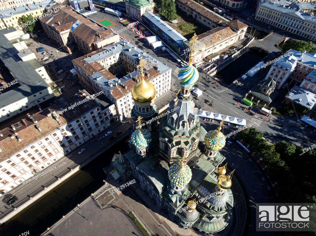 Imagen: Temple of the Savior on Blood from a bird's-eye view. Saint Petersburg. Russia.