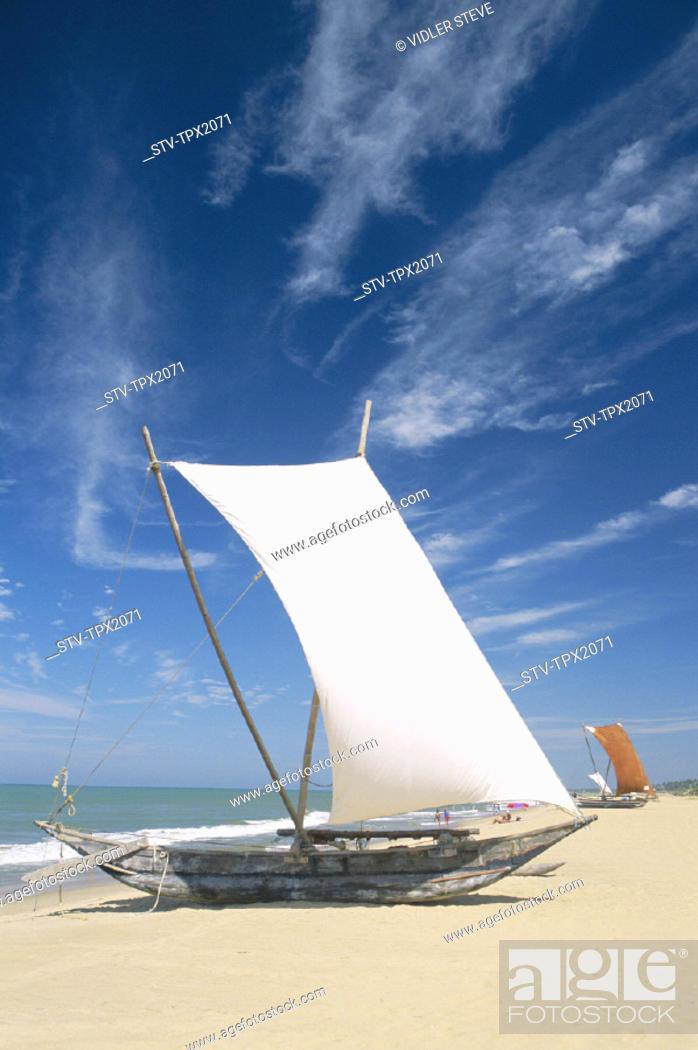 Imagen: Beach, Boats, Fishing, Holiday, Landmark, Negombo, Outrigger, Sri lanka, Asia, Tourism, Traditional, Travel, Vacation,.