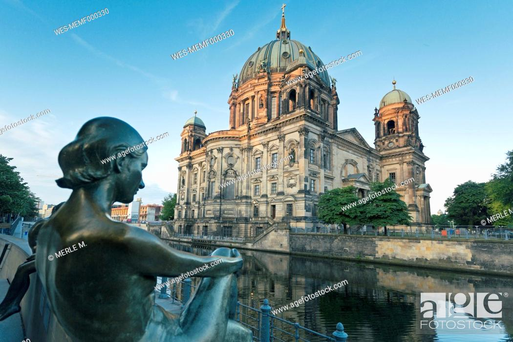 Stock Photo: Germany, Berlin, view to Berlin Cathedral with sculpture in the foreground.