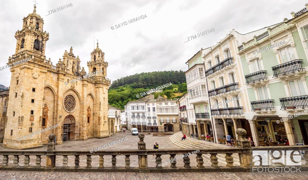 Stock Photo: Spain, Galicia, Lugo city, Spain Square, Mondoñedo, Plaza de España and Cathedral on moody day.