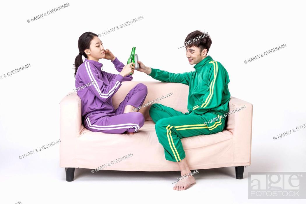 Imagen: Lifestyle of young NEET couple.