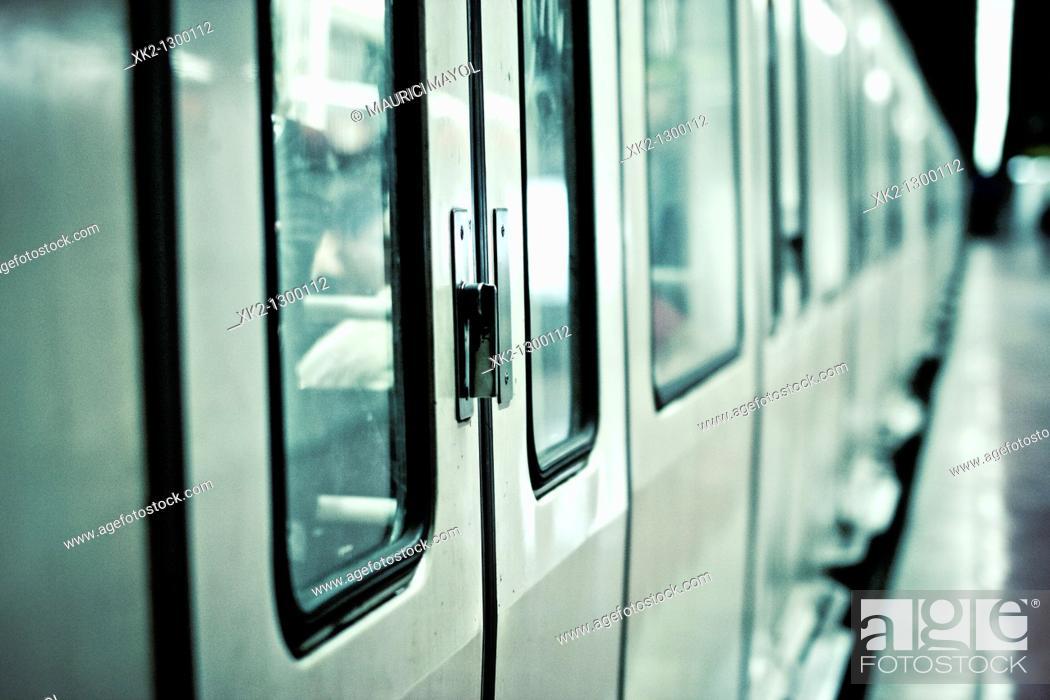 Stock Photo: detalle de las puertas del metro de Barcelona.