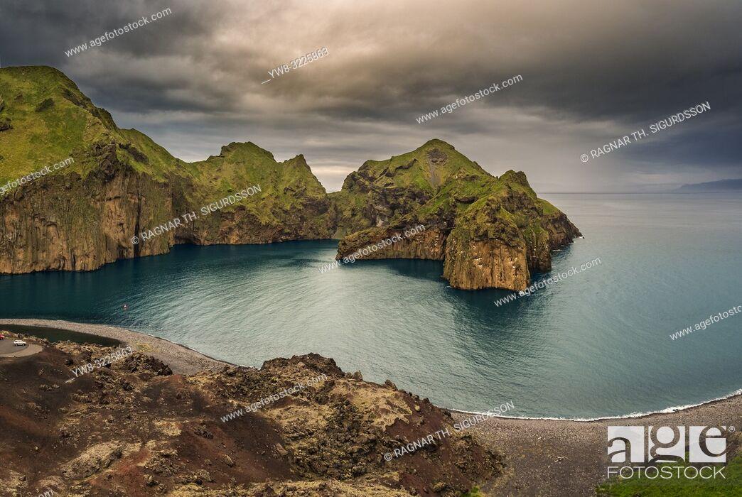 Imagen: Heimaklettur cliff, Heimaey, Westman Islands.