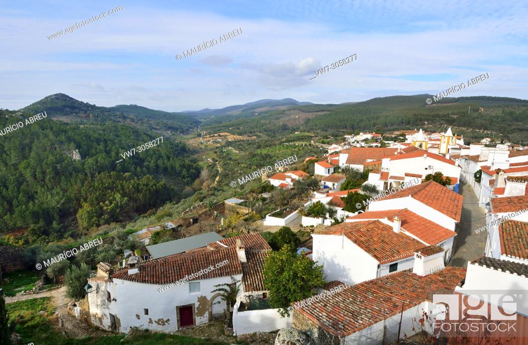 Imagen: The historic village of Alegrete. Alentejo, Portugal.