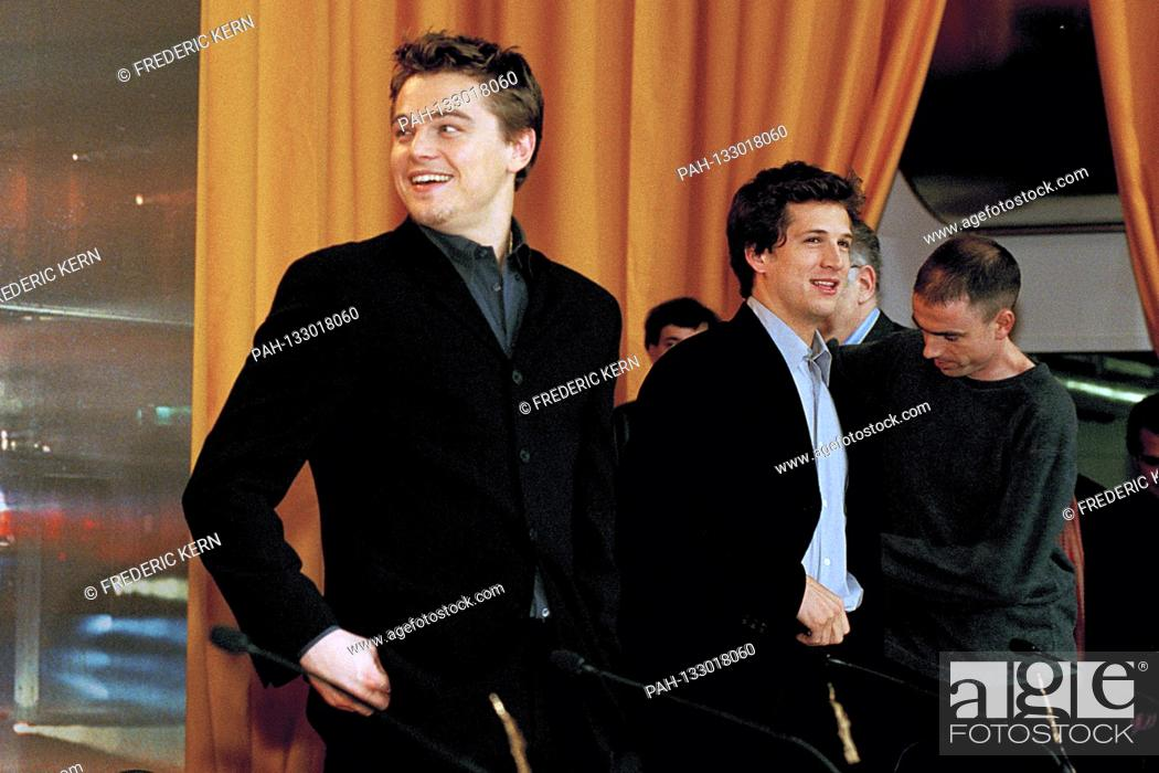 Leonardo Dicaprio And Guillaume Canet At The Press Conference For The Beach At The Berlinale Stock Photo Picture And Rights Managed Image Pic Pah 133018060 Agefotostock