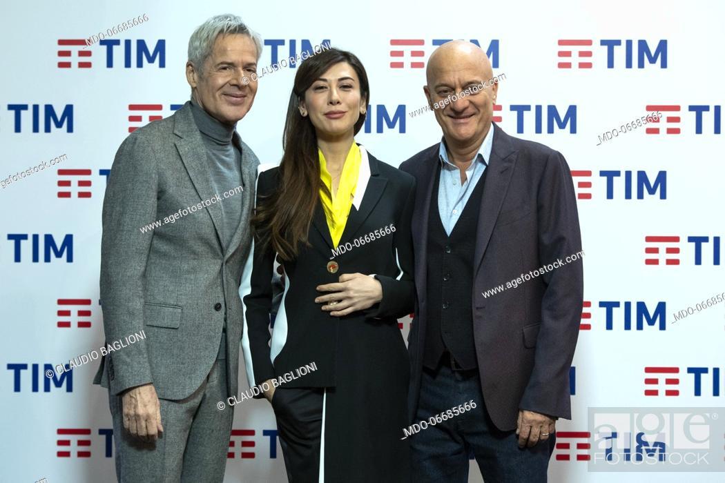 Imagen: The conductors Claudio Baglioni, Virginia Raffaele e Claudio Bisio in the Press Room of the 69th Sanremo Music Festival. Sanremo (Italy), February 7th, 2019.